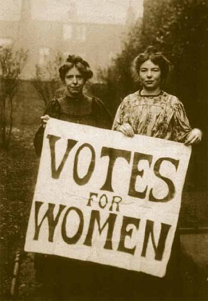 Annie_Kenney_and_Christabel_Pankhurst via wikipedia