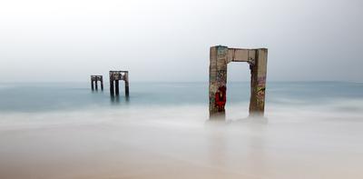 cresock deserted peer sea